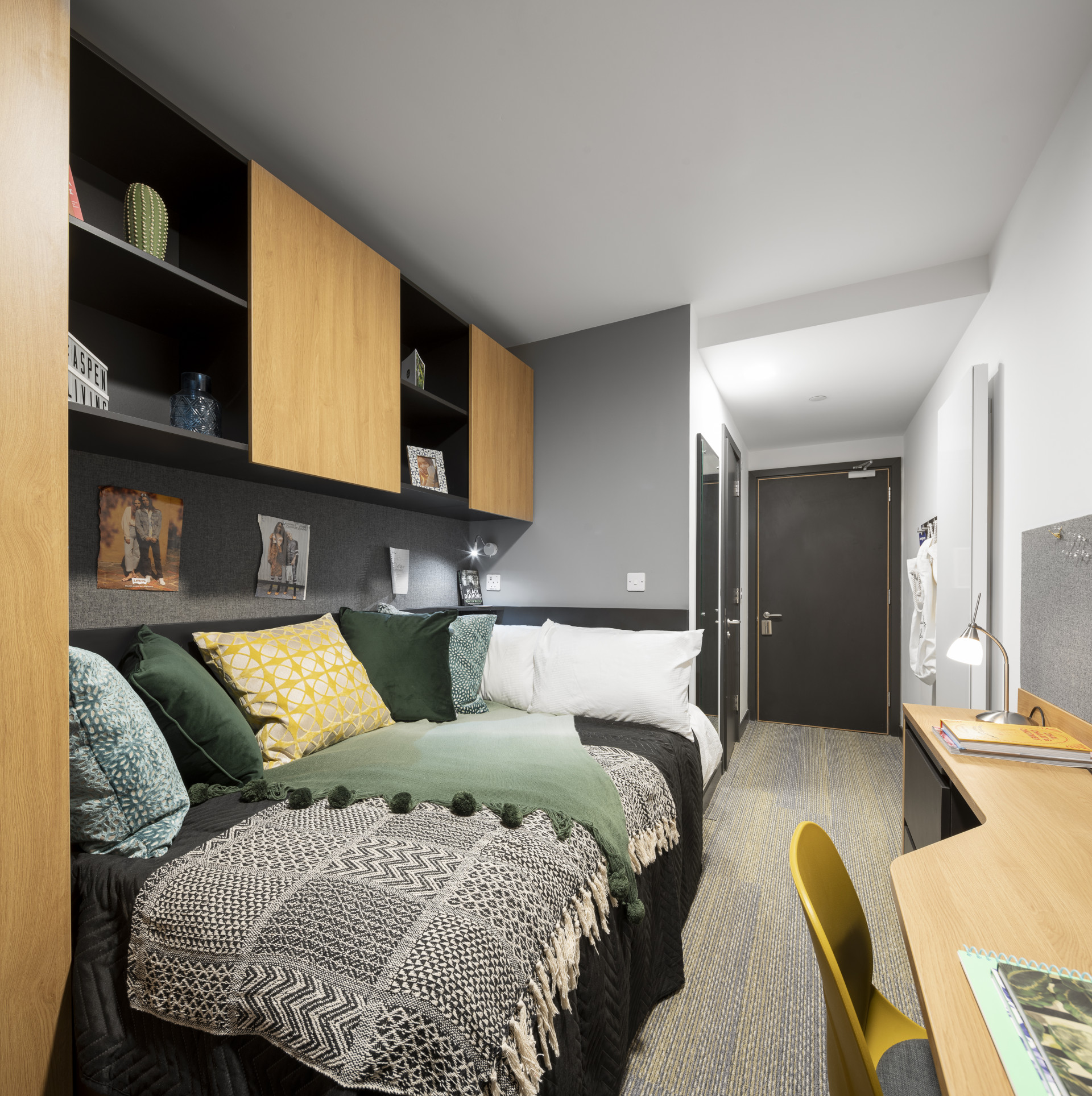 Bronze Plus Ensuite (7 bed)