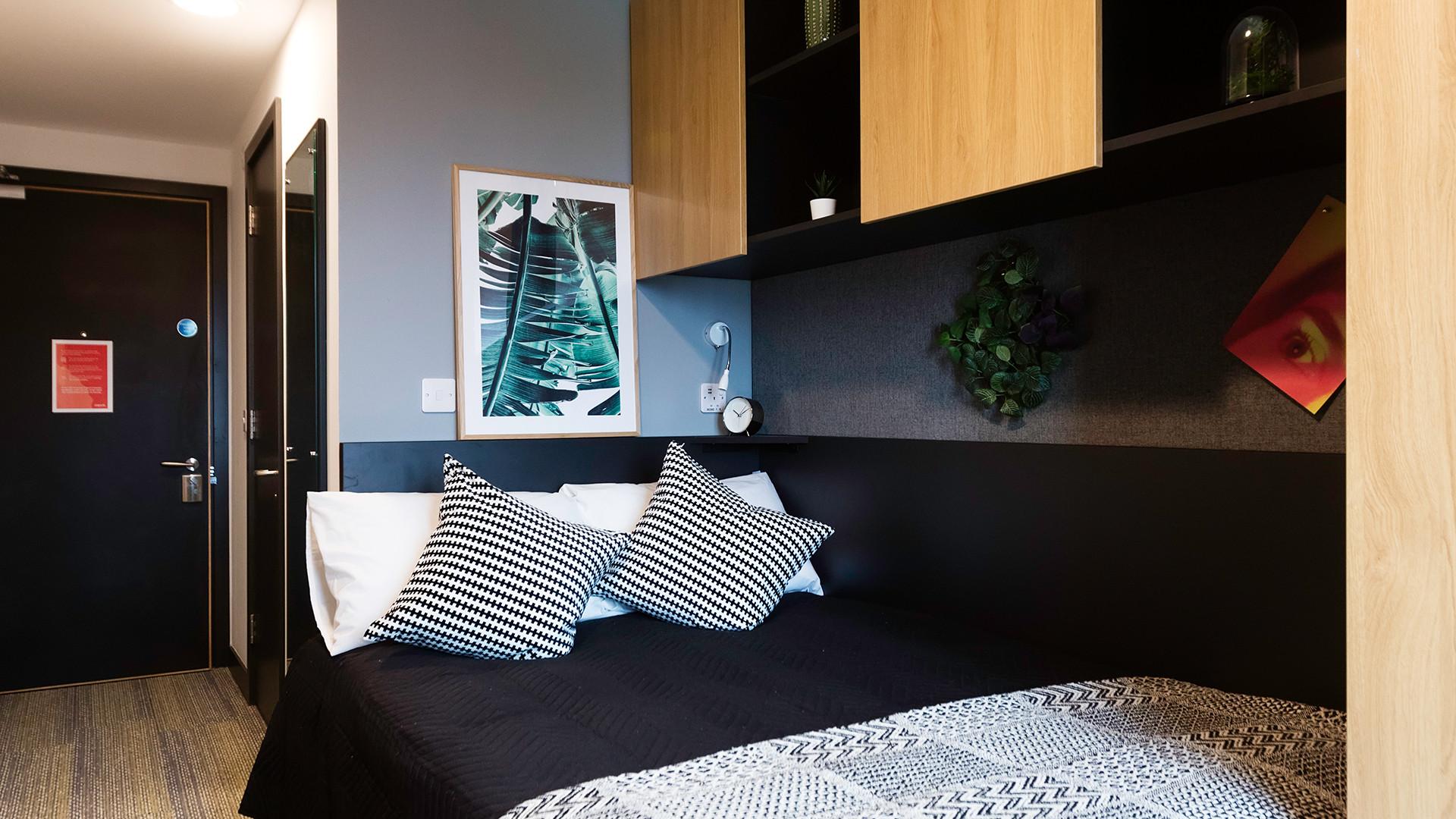 Silver Plus Ensuite (6 bed)